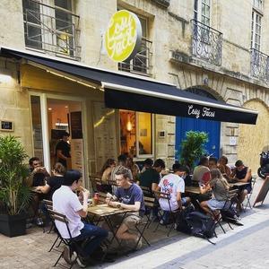 L'équipe du @cosytacos te souhaite un bon dimanche !  => viens déguster wraps et salades pour un été healthy🌞 => Dieticosy sur @ubereats_fr @deliveroo_fr  Rendez-vous au 6 rue Castelnau d'Auros à Bordeaux !    #bordeaux #bordeauxmaville #bougerabordeaux #bordeauxfood #topbordeaux #bordeauxtopfood #cosytacos #tacos #frenchtacos #food #restaurant #instafood #miam #wrap #salade #summer #été #holidays #dieticosy