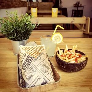 ⚠️ Good vibes every day ☀️ Ton Cosy Tacos est ouvert 7j/7 de 11h00 à 22h30   Venez nous retrouver au : - 6 rue Castelnau d'Auros Bordeaux - 57 Allée Serr Bordeaux Bastide  #bordeauxtopfood #bordeauxfood #topfood  #bordeauxmaville #bordeauxbastide #foodstagram #foodphotography #fastfood #deluxe #cosy #tacos🌮 #wrap #salade #fries #coconut #citronnade #lemon #faitmaison #besttacos #weekend #holiday