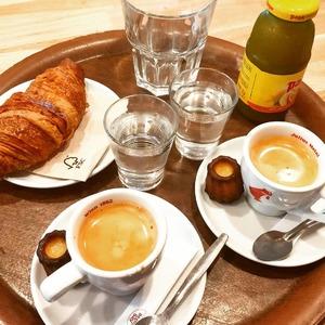 @cosytacos c'est : - Une pause le matin pour prendre ton petit déjeuner ☕🥐 - Une pause le midi pour un délicieux Tacos, wrap ou salade 🥗🌮🌯 - Une pause l'aprèm pour une petite faim avec une glace cosy à composer toi même 🍨 - Un moment de décompression le soir avec tes amis, des tapas à partager, un écran en terrasse et un happy hour à ne pas louper !  Retrouve nous au : 57 Allée Serr à Bordeaux Bastide  #cosytacos #cosy #wrap #salade #tacos #food #breakfast #coffee #petitdejeuner #bordeaux #bordeauxbastide #bordeauxfood #bordeauxmaville #bordeauxmetropole #foodlover #foodphotography #breaktime #instafood